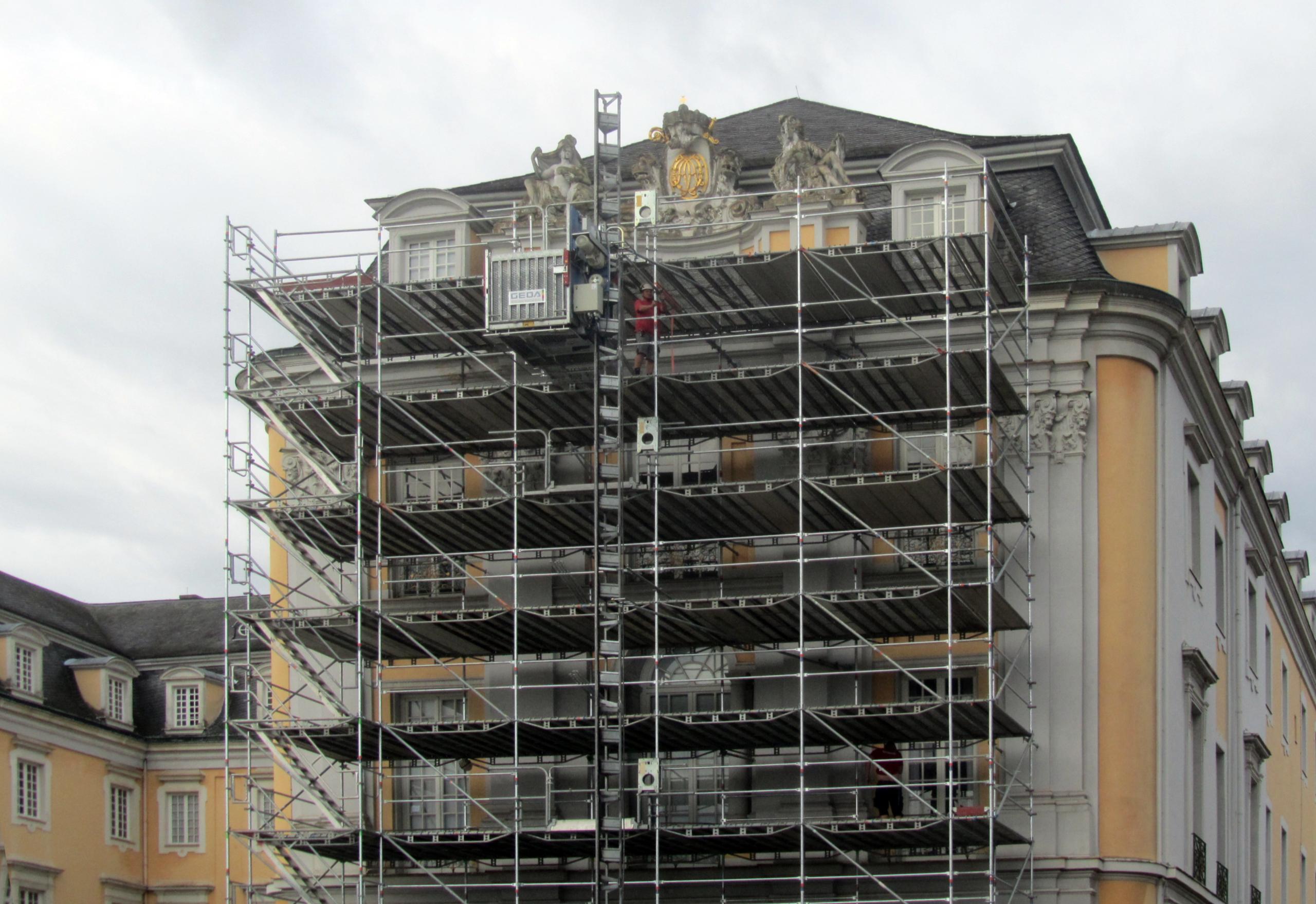 Baustart Schloss Augustusburg, Brühl